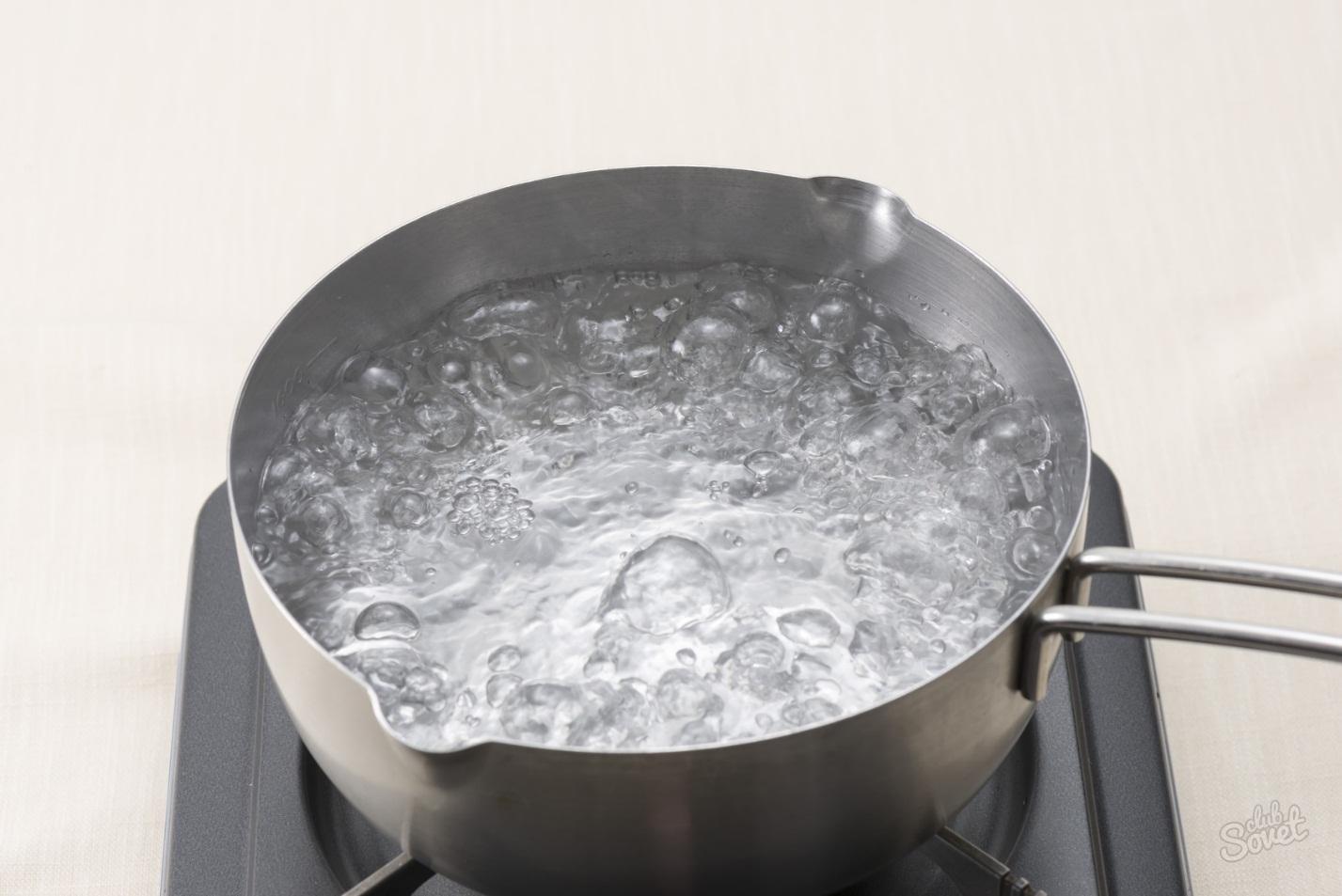 Как кипит вода в кастрюле