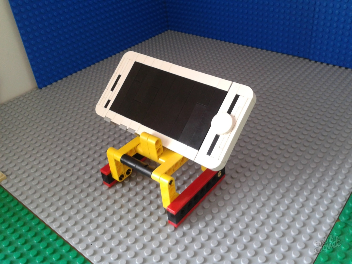 Как сделать из лего подставку для телефона видео
