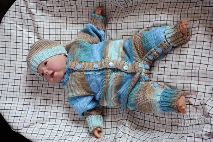 Вязание комбинезона для новорожденных 12