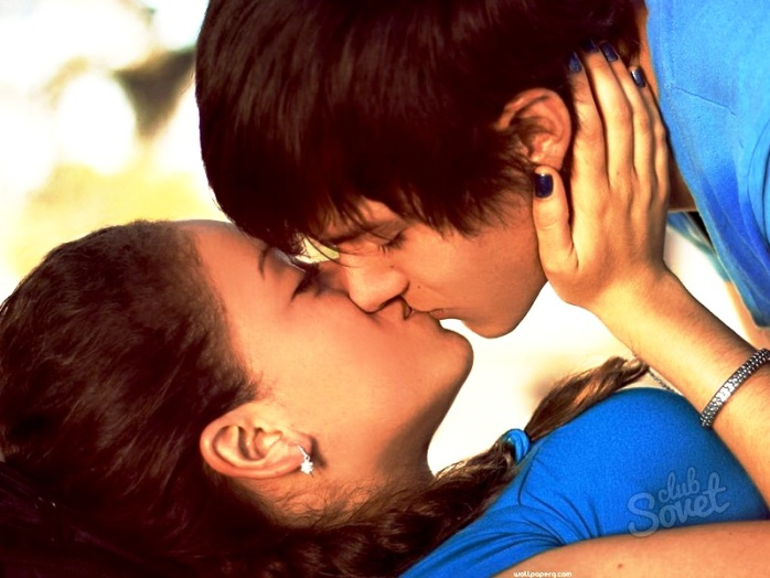 boy and girl kissing № 663794