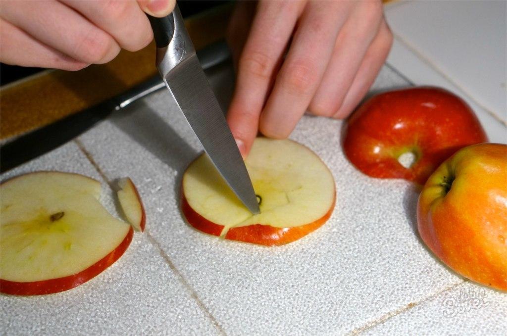 Как сделать лебедя из яблока пошагово