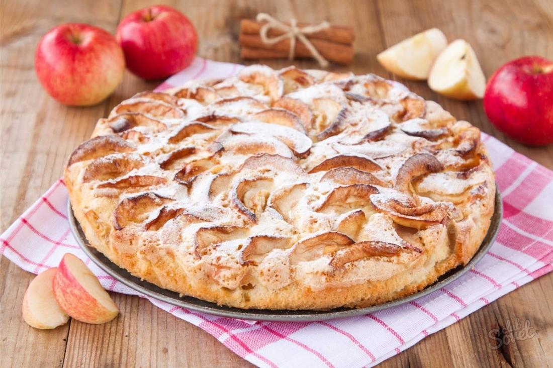 Рецепт обычной шарлотки с яблоками простой