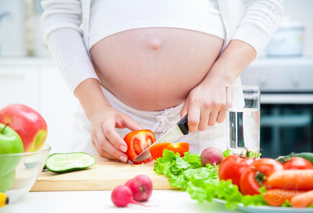 Что если беременная женщина кушает фрукты
