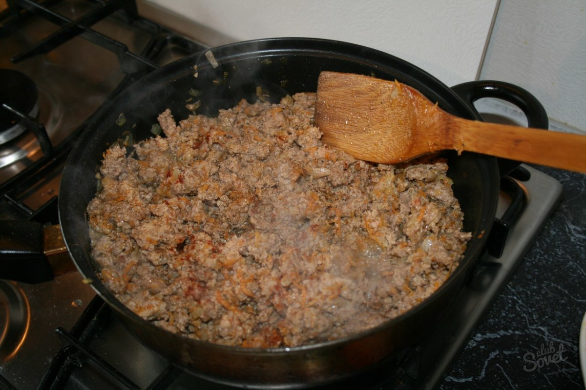 Как правильно пожарить лук на сковороде