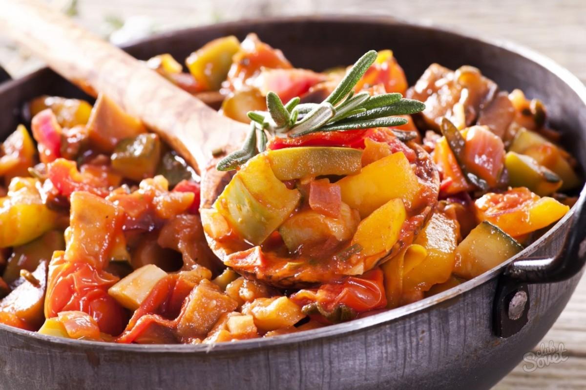 Как приготовить тушеные баклажаны с овощами