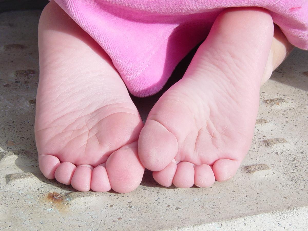 Как сделать мягкими пятки и кожу ступней за 10 минут 19