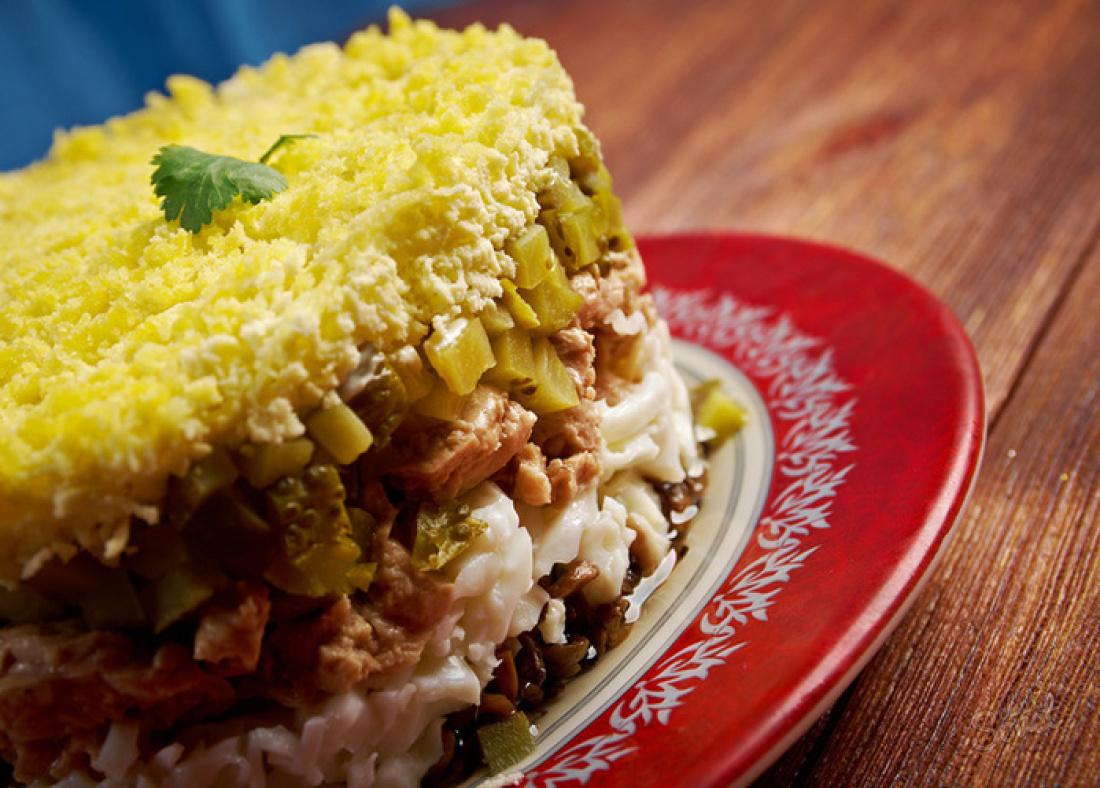 Салат из печени трески рецепт очень вкусный пошаговый с рисом