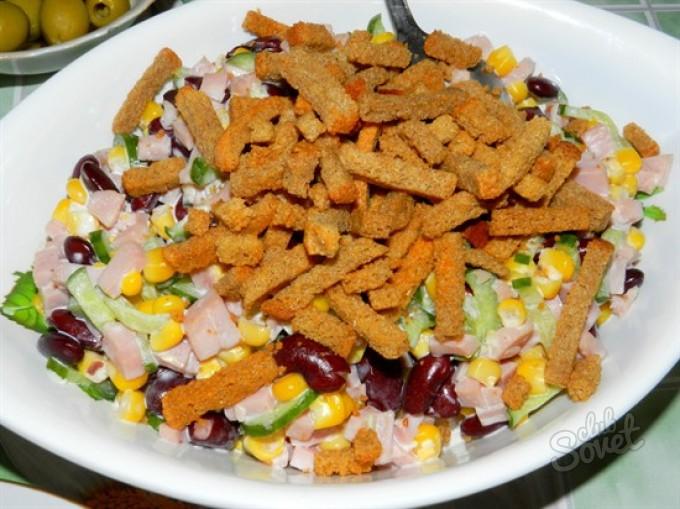 Легкие салаты из сухариков рецепты с