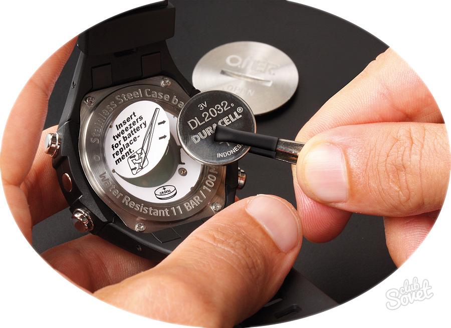 Замена батарейки в наручных часах своими руками