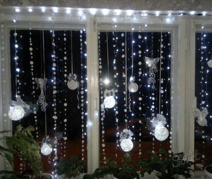 Новогоднее украшение окна своими руками фото