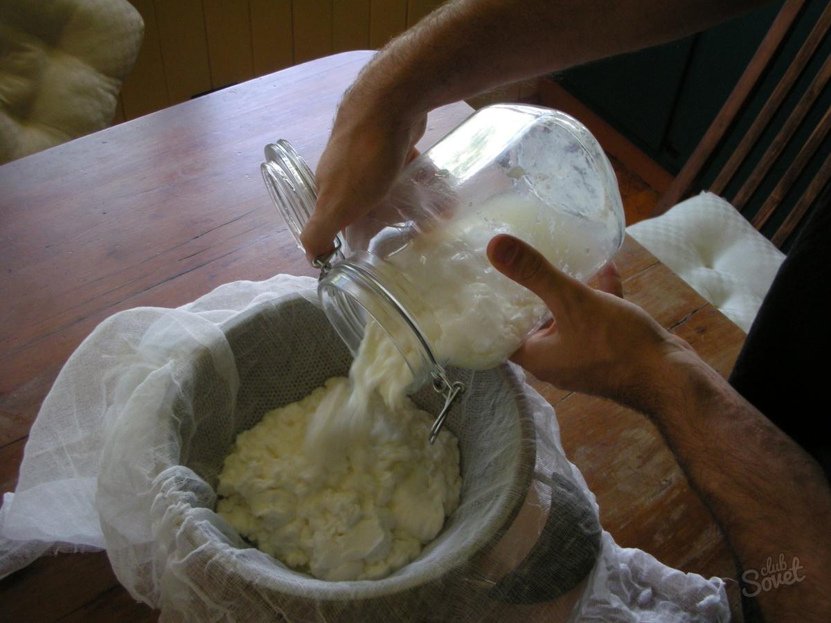 Как сделать из молока домашний творог