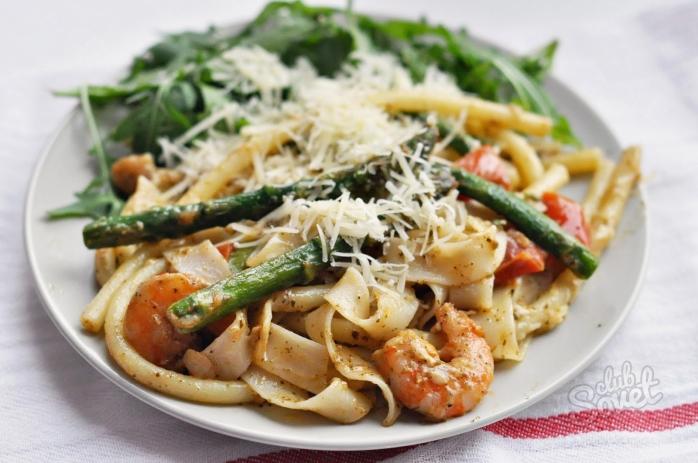 Рецепт паста со сливочным соусом и креветками