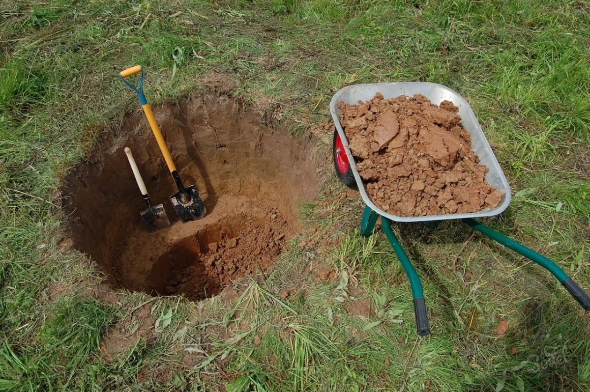 Как выкопать яму под септик своими руками